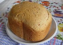 Chléb s pivem a klobáskou