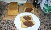 Dvoubarevný chlebíček