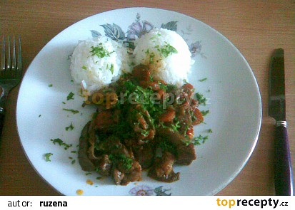 Kuřecí maso se zeleninou a hlívou ústřičnou