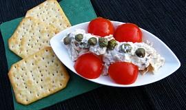 Kuřecí salát s kapary