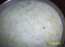 Okurkový salát s kyškou