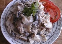 Žampionový salát s kuřecím masem