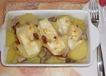 Zapečené brambory s vepřovým masem