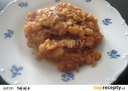 Zapečené fazole s párkem