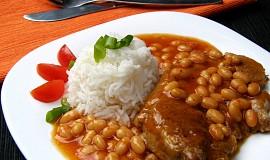Krkovička s fazolemi