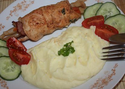 Krůtí závitkyplněné mrkví