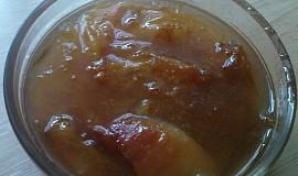 Rychlý džem s zelených rynglí a broskví
