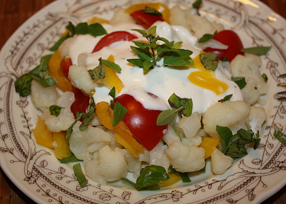 Salát z vařeného květáku