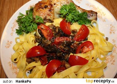 Stehýnka s houbami a rajčaty