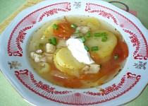 Vrstvená rybí polévka