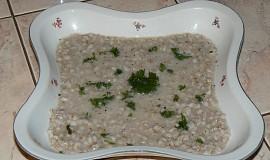 Česneková kroupová polévka