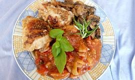 Kuřecí se žampiony, paprikou a rajčetem