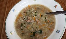 Polévka z čínského zelí