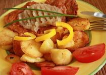 Vepřové plátky v těstíčku s jablkovým pyré