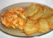 Bramborové placky s kuřecím masem a zeleninou