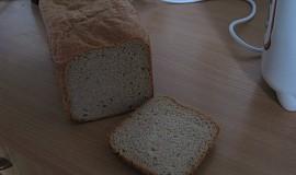 Dědův pšenično-žitný chléb