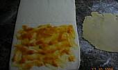 Listové uzlíky s marcipánem