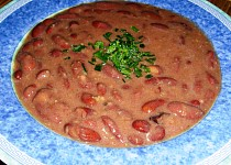 """Polévka """"červeno-fazolačka"""""""