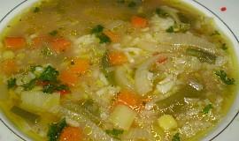 Polévka s nádechem Thajska