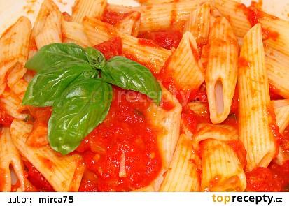 Rajčatovo-těstovinová večeře-rychlá