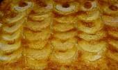 Smetanový jablkový koláč
