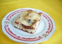 Švestkový koláč s kyselou smetanou