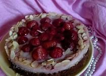 Andělsky lehký jahodový dort