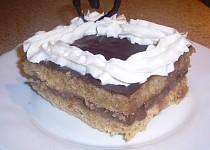 Jablečné řezy s pudinkovým krémem a čokoládou