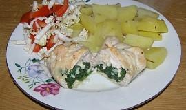 Kuřecí kapsa plněná špenátem a kozím sýrem