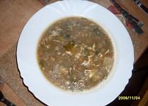 Růžičková polévka s klobásou