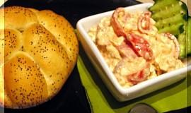 Česnekovo-rajčatová pomázánka z Cottage