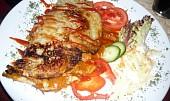 Kuřecí čertovská směs v bramboráku