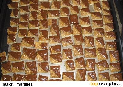 Ořechové medové kostky - cukroví