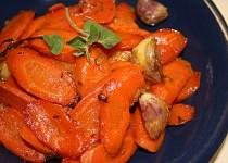 Pečená bylinková mrkev