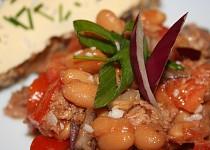 Salát-fazolový s tuňákem z Itálie