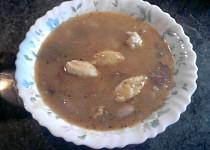 Fazolová polévka s bešamelovými haluškami