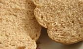 Housky ze slaného kynutého těsta