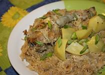 Kuře pečené na zelí