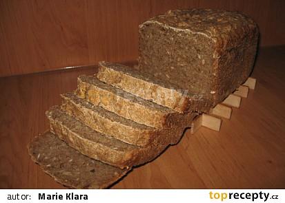 Slunečnicový kváskový chléb