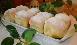 Univerzální těsto na koláče, buchty, vdolky a sladké knedlíky