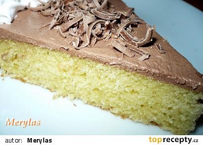 Děláno z poloviční dávky v koláčové formě. Krém je jen rozetřený po povrchu.