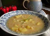 Fazolová polévka mojí babičky