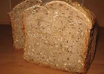 Grahamový kváskový chléb