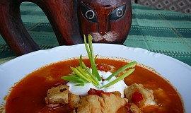 Halászlé - maďarská rybí polévka