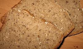 Pšenično-žitný kváskový bramborový chléb
