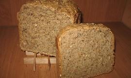 Vícezrnný kváskový semínkový chléb