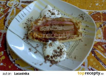Rebarborové koláčky s krémem z mascarpone