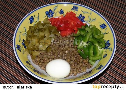 Čočkový salát s vejcem