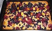 Cuketový koláč s ovocem