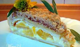 Krémový koláč s broskvemi